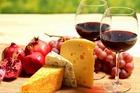チーズと共にカサブランカバレー産のワインをお楽しみください。