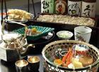 酒造前の物販店「酒楽(さら)の里 あさひ山」でお食事をお楽しみください。