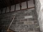 歴史ある石蔵もまた指定文化財に指定されています。