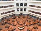 学生の勉強の場、美しい州立図書館