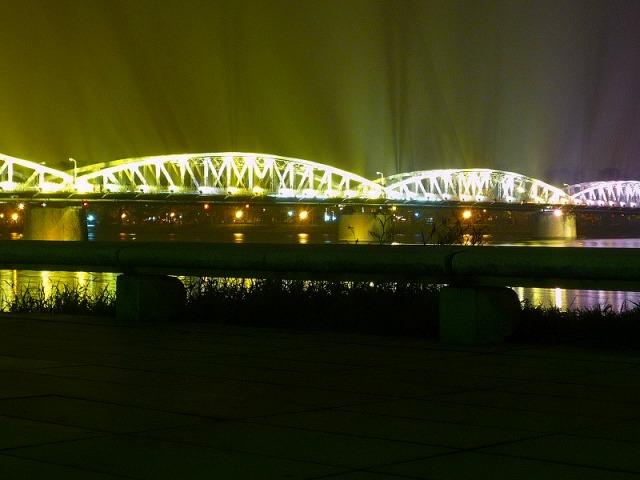 チャンティエン橋