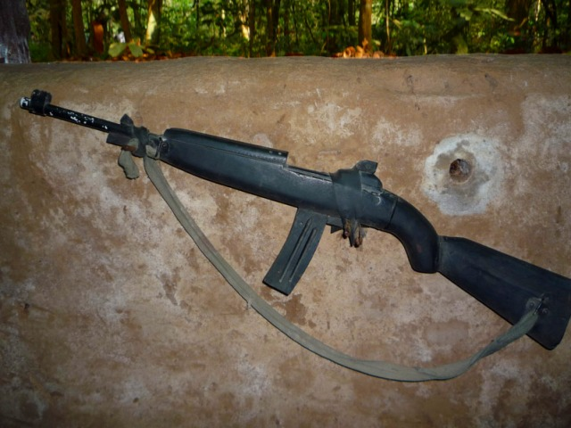 村の女性も銃を持って戦ったそうです。