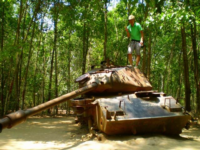 当時の戦車が残されています。