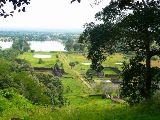 石段の上から見る景色