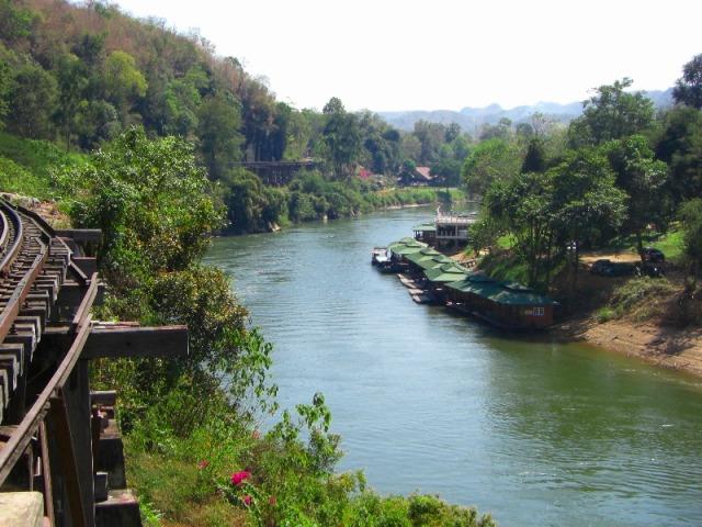 渓谷の景観を楽しめます