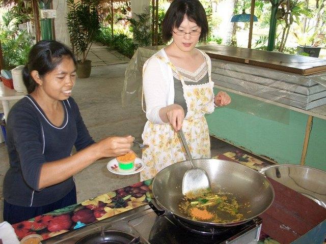 マレーシア風カレーはココナッツミルクたっぷりでおいしそ~