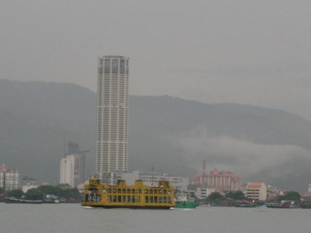 コムタータワー