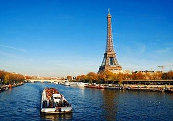 パリのシンボル・エッフェル塔&セーヌ川クルーズ