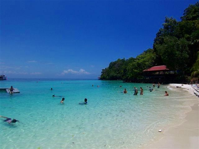 美しいパヤ島のビーチ