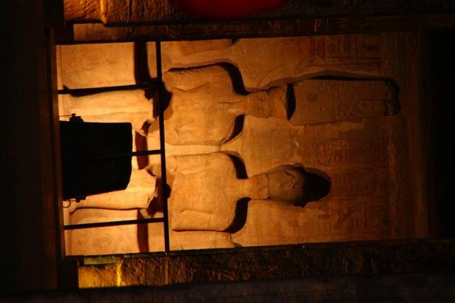 アブシンベル神殿の中