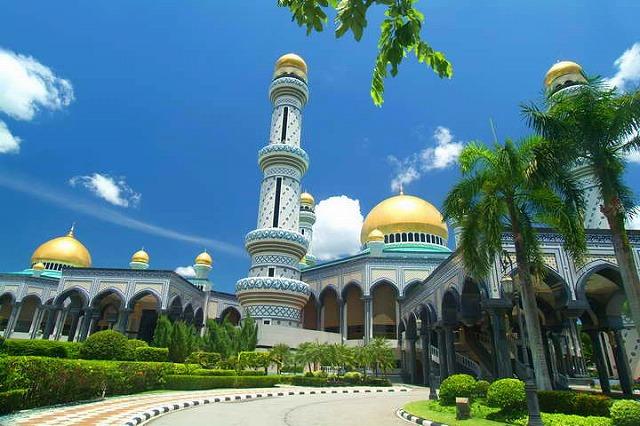 界最大級の王宮、イスタナ・ヌルル・イマン