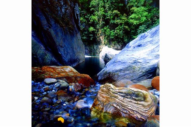 これぞ太魯閣峽谷という迫力のある絶景