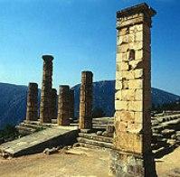 ドーリア式のアポロン神殿