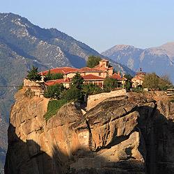 至聖三者に捧げられたアギア・トリアダ修道院