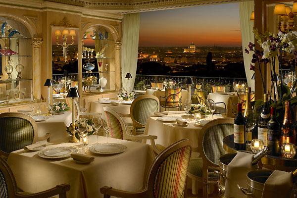最上階にある眺めの良い人気レストランミラベッレ
