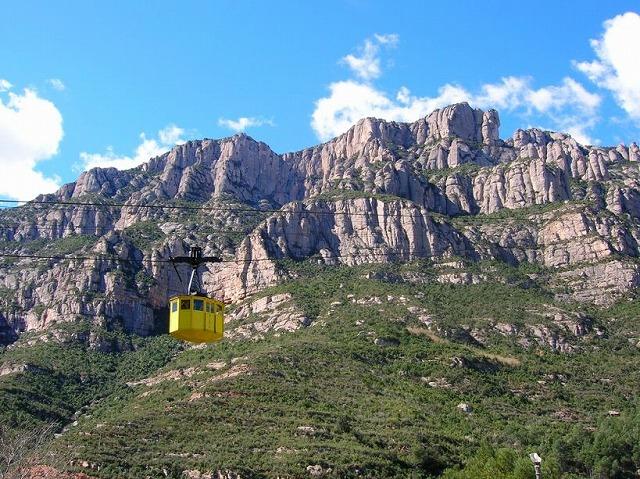 モンセラ山の奇岩群