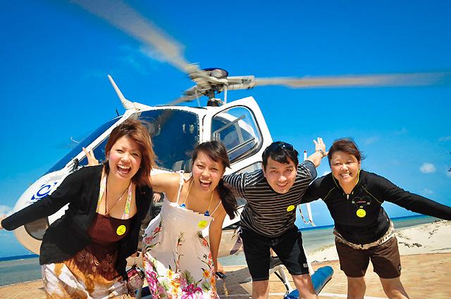 ヘリコプターでグリーン島に行ってきます!