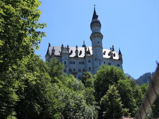 絵本から飛び出したようなお城