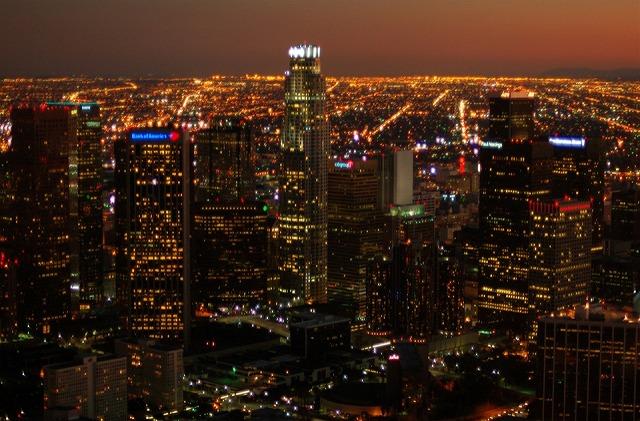 ダウンタウンの超高層ビル街