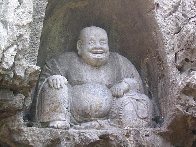 霊隠寺の像