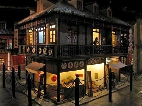 租界時代の街並みや人々の暮らしを見学できる「上海歴史陳列館」