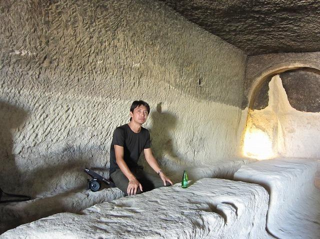 洞窟内厨房