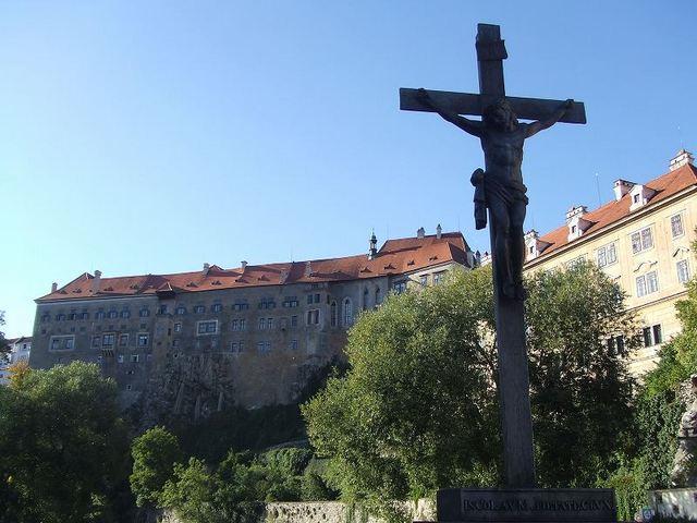 チェコの中世を思わせる可愛らしい街並みが残る街