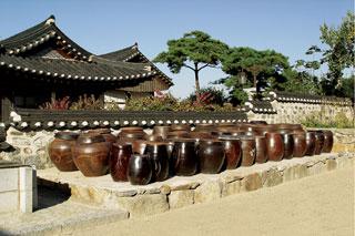 南山谷韓屋村 (ナムサンゴル・ハノクマウル)
