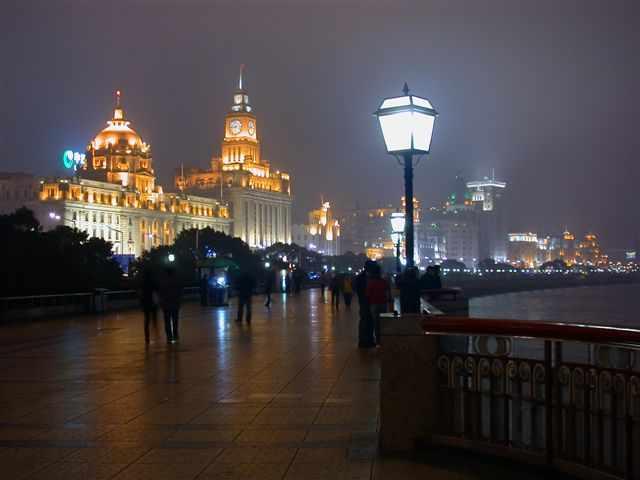 上海の感動的な夜景スポット