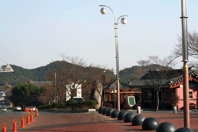 タルマジゴゲ(月見の丘)
