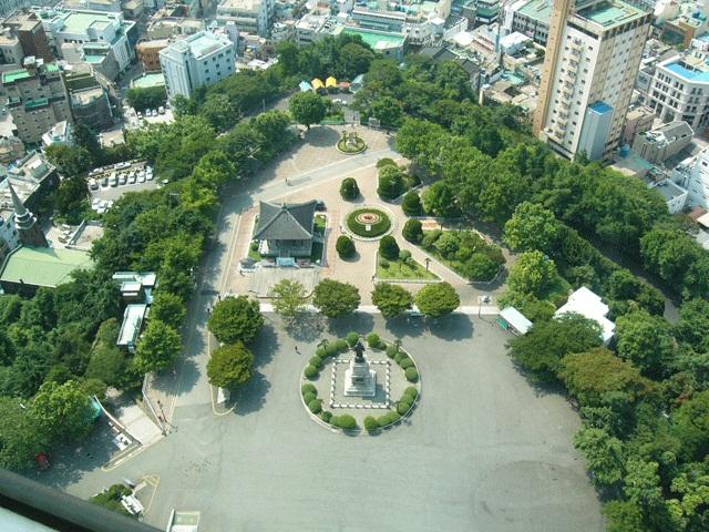 龍頭山公園(ヨンドゥサンゴンウォン)・釜山タワー