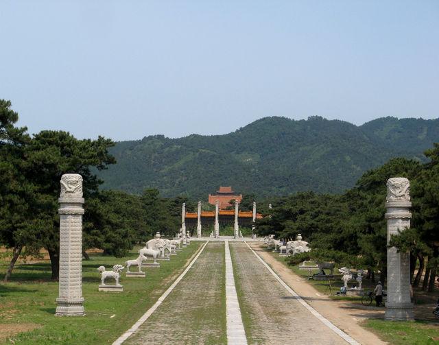 理想的な風水であり、風光明媚な清東陵