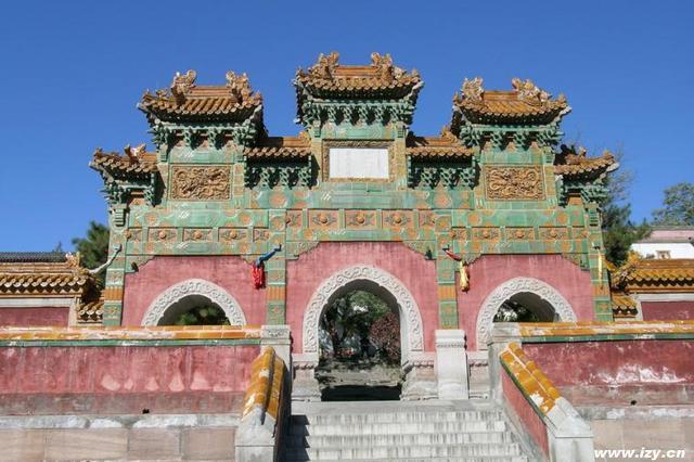 普陀宗乗之廟の牌楼