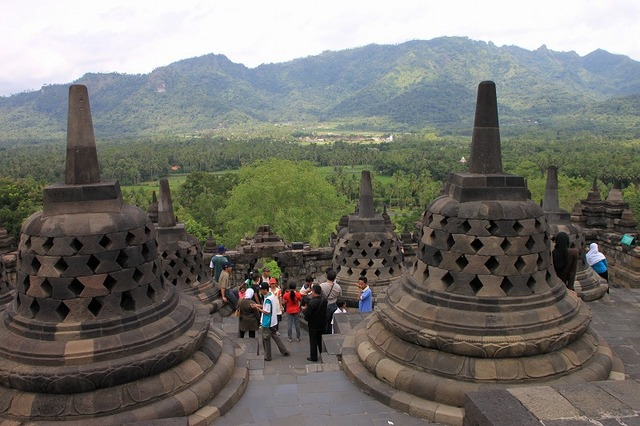 ボロブドゥール寺院遺跡群は世界遺産のひとつ