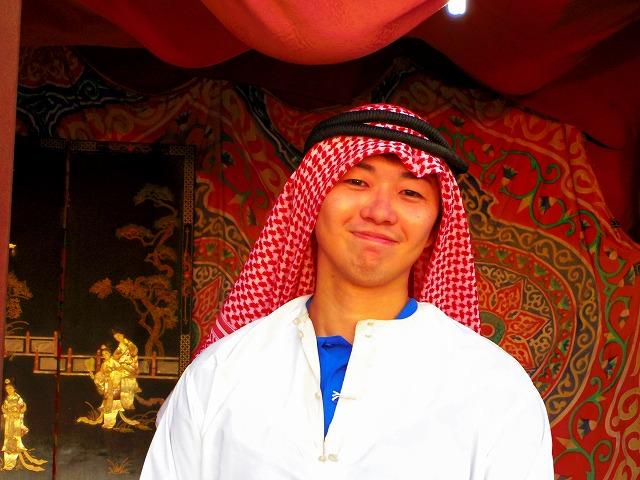 せっかくなのでやっておきたいアラブ衣装での記念撮影