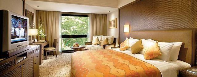 シャングリ・ラ ラササヤンリゾート&ホテル ラサウィングスーペリアルーム 例