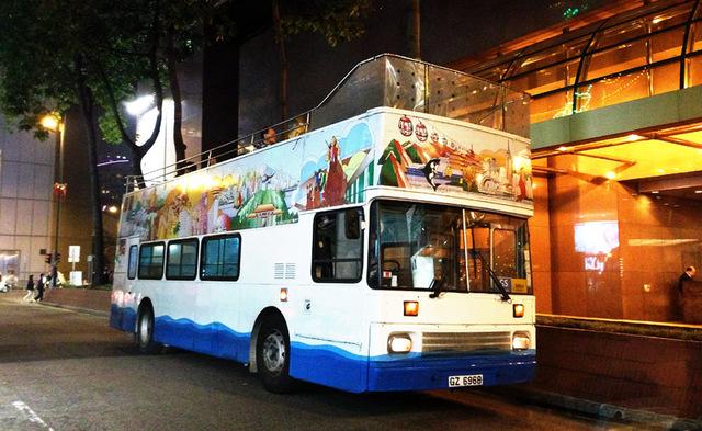 香港観光ではマスト!のオープントップバス