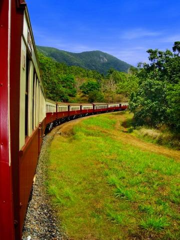 世界の車窓からに登場したキュランダ列車