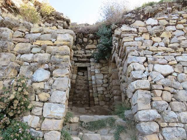 インカ帝国の始まりといわれている太陽の島