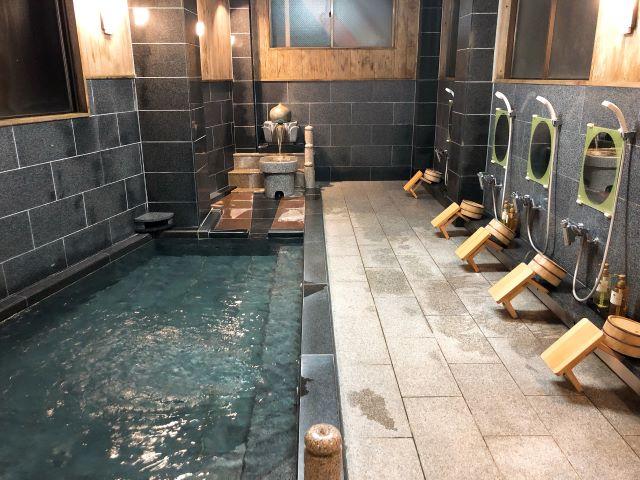 高野山「成福院(じょうふくいん)」浴室