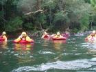 マルグレーブ川で川遊び!半日チュービング