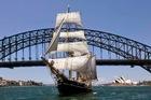 帆船で楽しむ!シドニーハーバーランチクルーズ