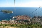 列車とバスで巡るクロアチアとスロベニア2カ国の世界遺産充実9日間の旅 アドリア海の真珠・ドブロブニク - プリトヴィツェ国立公園 - スロベニア首都リュブリャナへの旅【東京発着】