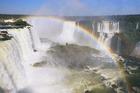 ブラジル側とアルゼンチン側の滝を制覇する1日ツアー【プライベート/ 英語ガイド】