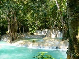 ルアンパバーン市内観光とセーの滝(英語ガイド)