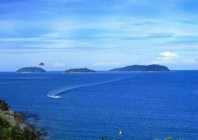 2島めぐり サピ島とマムティック島【日本語ガイド】