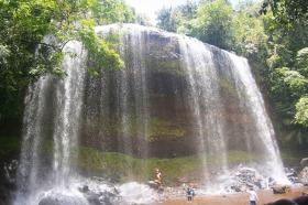 ガラツマオの滝半日トレッキングツアー【午前または午後】