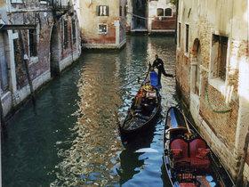 【お得なセットツアー】ベネチア1日観光(ウォーキングツアー&クラシックなゴンドラでの運河クルーズ)
