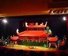 水上人形劇とベトナム料理の夕食