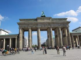 ベルリンの壁半日観光ウォーキングツアー【日本語ガイド】